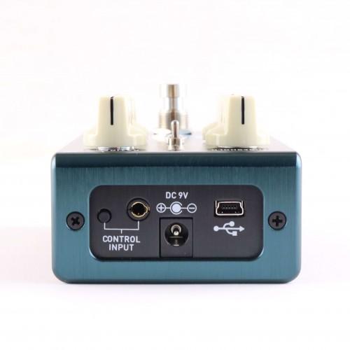 DARKGLASS ELEMENT HEADPHONE AMP/CAB SIM