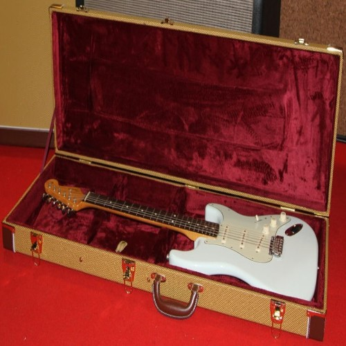 VoodooCaster DAKOTA red Relic