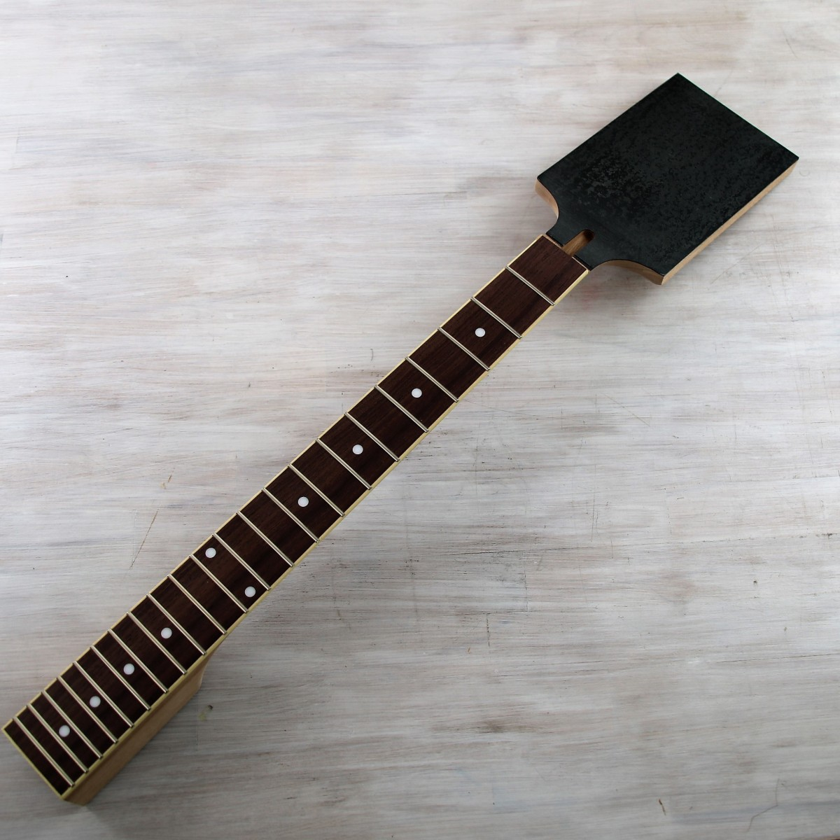 MERIS ENZO Multi-Voice Synthesizer